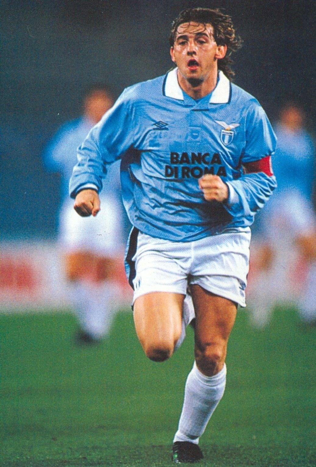 W Lazio Signori stał się jedną zikon klubu, aleniepożegnano się znim zbyt ładnie; źródło: pinterest.com