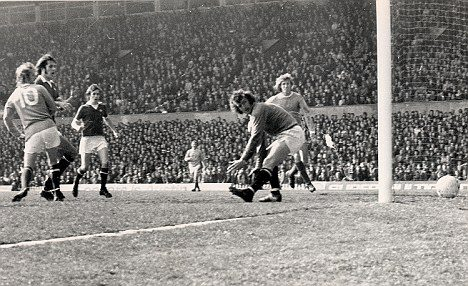 Manchester United v Manchester City Football League Dennis Law T