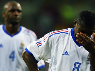 French captain Marcel Desailly (R) reacts as Patri